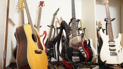 ギタースタンドちゃんと使ってますか?